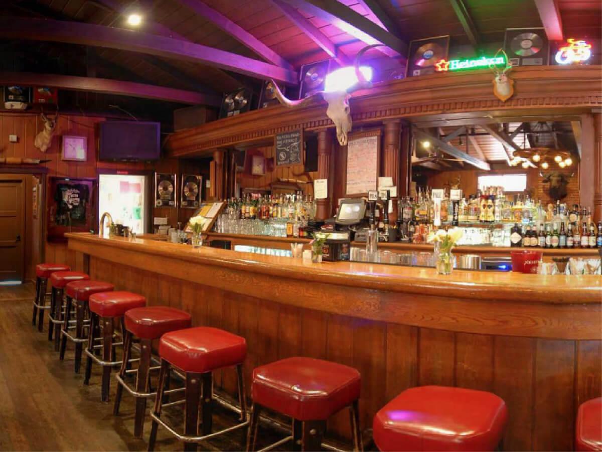 Rancho Nicasio Bar